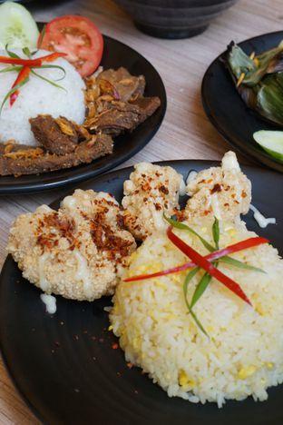 Foto 2 - Makanan di Love & Eat Cafe oleh Kelvin Tan