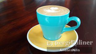 Foto review Coffeedential Roastery & Dessert oleh AndaraNila  4