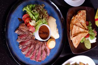 Foto review Indoguna Gourmet oleh Hendry Jonathan 5