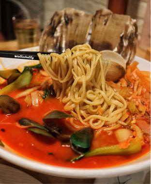 Foto 4 - Makanan(Haemul jjampong) di Holy Noodle oleh Stellachubby
