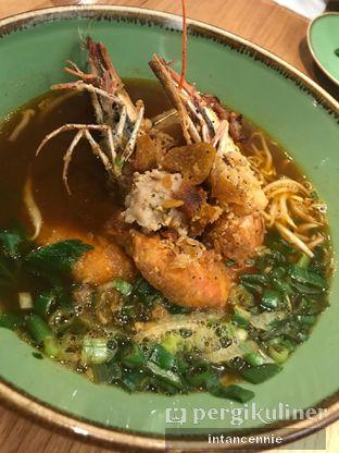 Foto 4 - Makanan di NamNam Noodle Bar oleh bataLKurus