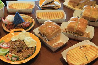 Foto 7 - Makanan di Warung Wakaka oleh Prido ZH