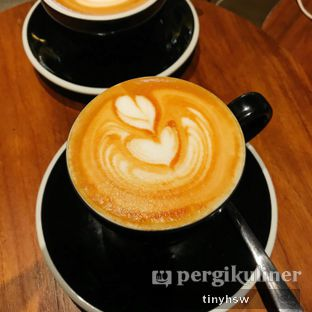 Foto 2 - Makanan(Cappuccino) di Bermvda Coffee oleh Tiny HSW. IG : @tinyfoodjournal
