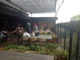 Foto 5 - Interior di ROOFPARK Cafe & Restaurant oleh Namira