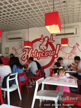 Foto 4 - Interior di Holycow! STEAKHOUSE by Chef Afit oleh Suci Puspa Hagemi
