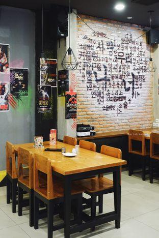 Foto 25 - Interior di Jjang Korean Noodle & Grill oleh Indra Mulia