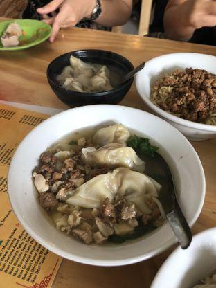 Foto 1 - Makanan di Bakmi Lung Kee oleh Nanakoot
