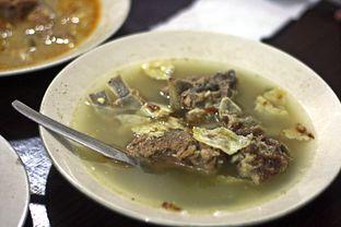 Foto 2 - Makanan(Sop Kambing) di Sate Palmerah / Kim Tek oleh Marchella Loofis