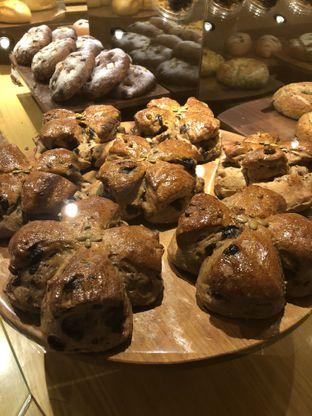 Foto 3 - Makanan di Francis Artisan Bakery oleh Nanakoot