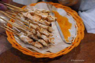 Foto - Makanan(Sate Daging) di Sate Taichan Bang Ucup oleh Yulio Chandra
