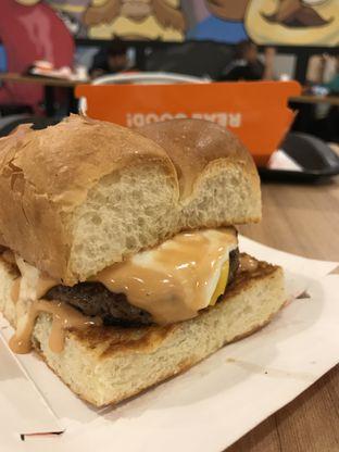 Foto 2 - Makanan di Smack Burger oleh Kami  Suka Makan