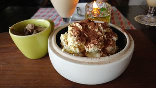 Foto 1 - Makanan di Ocha & Bella - Hotel Morrissey oleh Windy  Anastasia