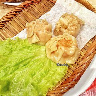 Foto 11 - Makanan(assorted seafood dimsum) di Kappa Sushi oleh duocicip