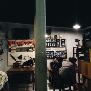 Foto 3 - Interior di Jung Coffee oleh Della Ayu
