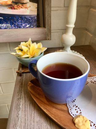 Foto review The Pink Door Tea Room oleh Prido ZH 26
