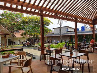 Foto review Sedjuk Bakmi & Kopi by Tulodong 18 oleh UrsAndNic  9