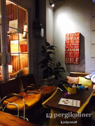 Foto 2 - Interior di HaloNiko! oleh Ladyonaf @placetogoandeat