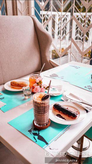 Foto review Anni Fleurist et Cafe - Hotel JHL Solitaire oleh Jessica Sisy 5