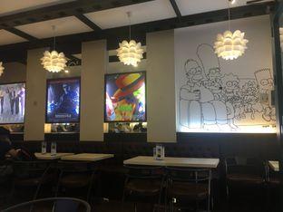 Foto 1 - Interior di WaxPresso Coffee Shop oleh Yuni