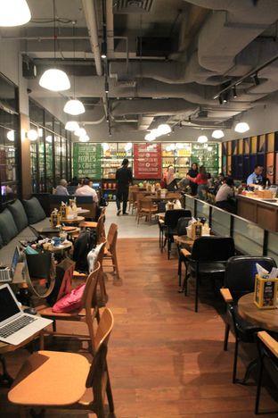 Foto 15 - Interior di Djournal Coffee oleh Prido ZH