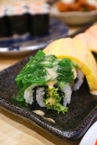 Foto 5 - Makanan di Kappa Sushi oleh thehandsofcuisine