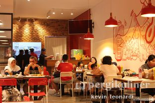 Foto 2 - Interior di Holycow! STEAKHOUSE by Chef Afit oleh Kevin Leonardi @makancengli
