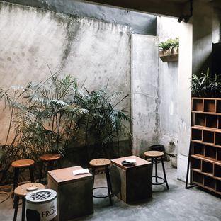 Foto 4 - Interior di Lemari Kopi oleh Della Ayu