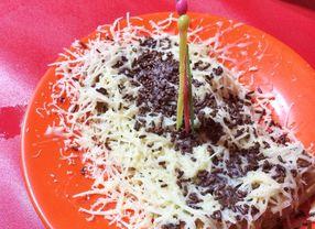 13 Jajanan Kaki Lima di Jakarta Terfavorit untuk Camilan di Waktu Senggang