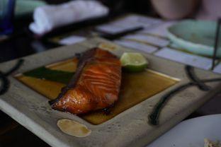 Foto 15 - Makanan(Salmon Teriyaki) di Enmaru oleh Elvira Sutanto