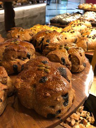 Foto 4 - Makanan di Francis Artisan Bakery oleh Mitha Komala