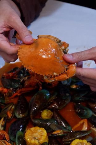 Foto 12 - Makanan di Perang Kerang - Barbarian Seafood House Restaurant oleh yudistira ishak abrar