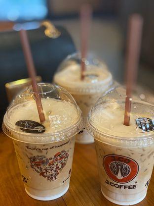 Foto 1 - Makanan di J.CO Donuts & Coffee oleh @Perutmelars Andri