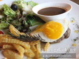 Foto 1 - Makanan(Salisbury Steak) di Meirton oleh Jakartarandomeats