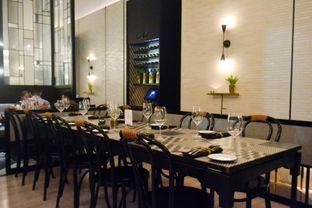 Foto 8 - Interior di Gia Restaurant & Bar oleh IG: biteorbye (Nisa & Nadya)