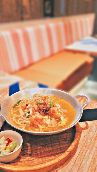 Foto 2 - Makanan di Geulis The Authentic Bandung Restaurant oleh Manstabh Food
