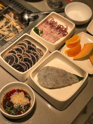 Foto 6 - Makanan di Haidilao Hot Pot oleh Makan2 TV Food & Travel