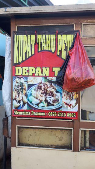 Foto 2 - Interior di Kupat Tahu & Petis Bang Didi oleh Susy Tanuwidjaya