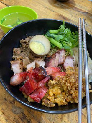 Foto review Nasi Campur Tri Bukit oleh Yohanacandra (@kulinerkapandiet) 1
