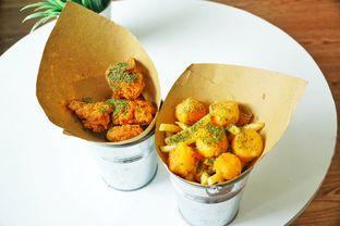 Foto 2 - Makanan(Duo Fries, Chicken Karage) di Sudut Pandang Kopi oleh Rifqi Tan @foodtotan