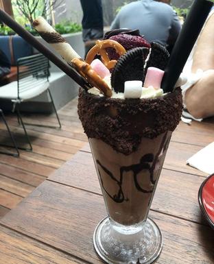 Foto 6 - Makanan di Le Burger oleh Mitha Komala