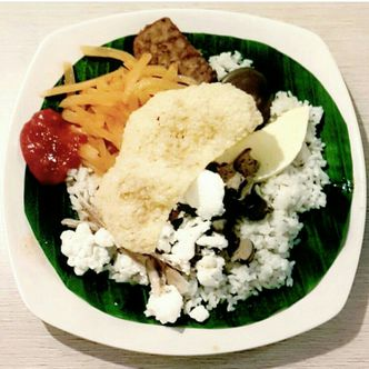 Foto Makanan di Dapur Solo
