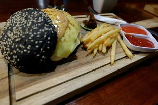 Foto 2 - Makanan di Communal Coffee & Eatery oleh El Yudith