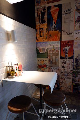 Foto 6 - Interior di Sliced Pizzeria oleh Illya Adista