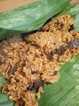 Foto 2 - Makanan(Nasi Bakar Rendang Sapi) di Gotri oleh Clangelita