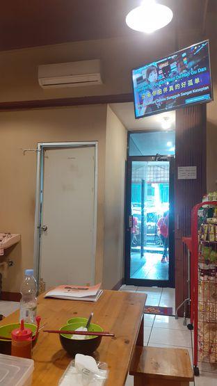 Foto 5 - Interior di Vegetarian Bakmie Garing H-P (Hot Pedas) oleh Yulia