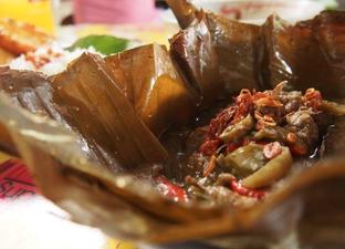 Foto review Nasi Gandul Bu Endang oleh Jenne Santoso 1
