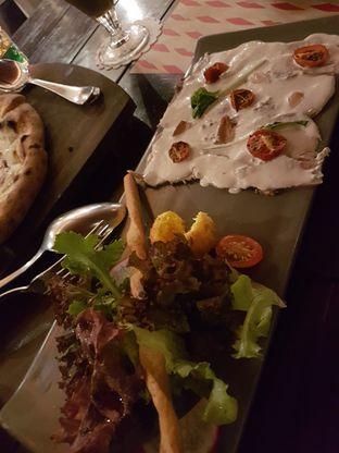 Foto 4 - Makanan di Ocha & Bella - Hotel Morrissey oleh lala tan