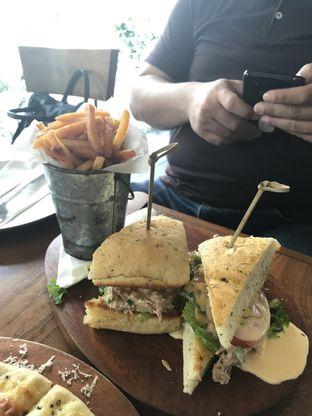 Foto 3 - Makanan di Six Degrees oleh Kami  Suka Makan