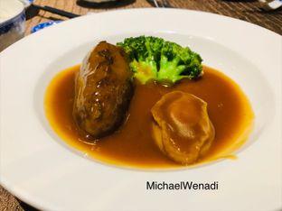 Foto 1 - Makanan di Taste Paradise oleh MWenadiBase