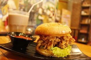 Foto - Makanan di Kandang Ayam oleh Tristo